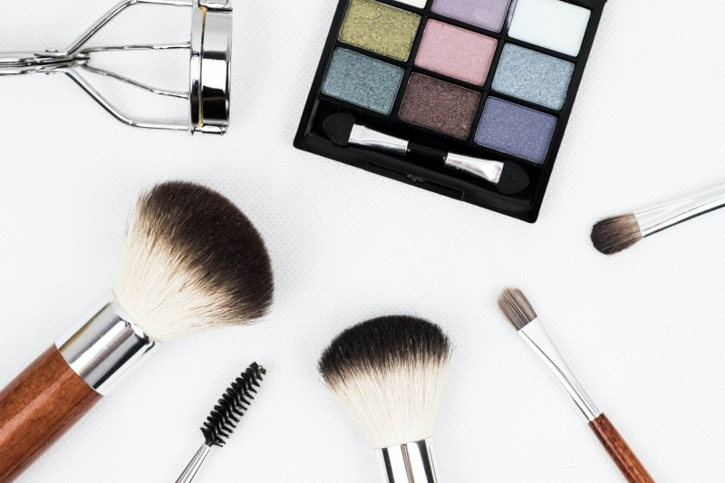 Gesit beradaptasi, cara industri kosmetik bertahan