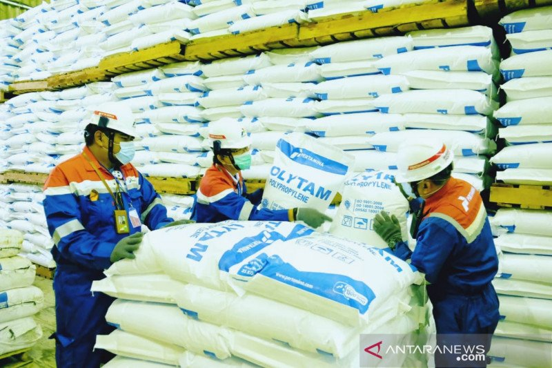 Pertamina produksi 46 ribu ton bahan baku plastik premium