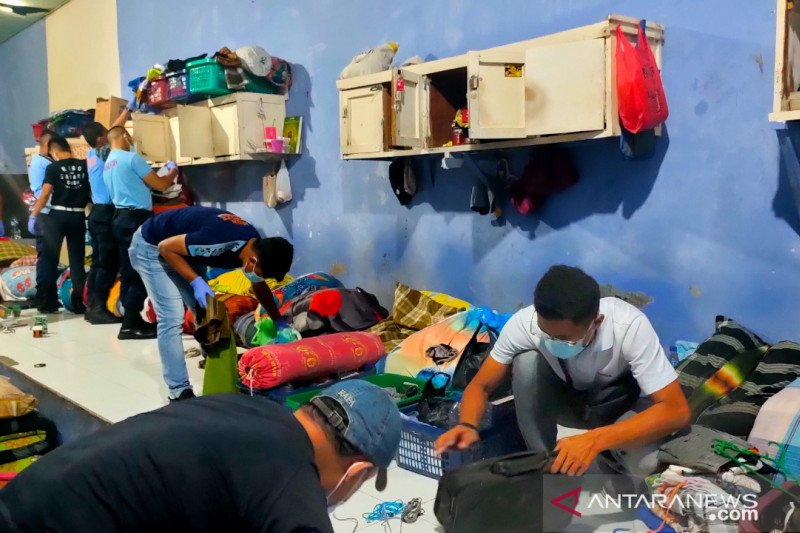 Petugas temukan senjata tajam di sel narapidana LP Padang
