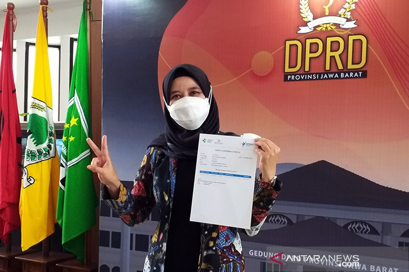 Wakil Ketua DPRD Jabar tak merasakan pegal usai divaksin