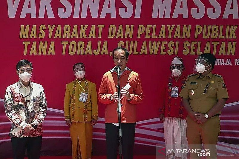 Presiden tinjau vaksinasi massal di Tana Toraja
