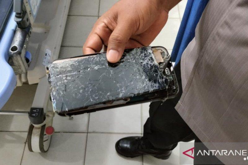 Bertelepon di menara pantau, dua karyawan PT AWB tewas tersambar petir