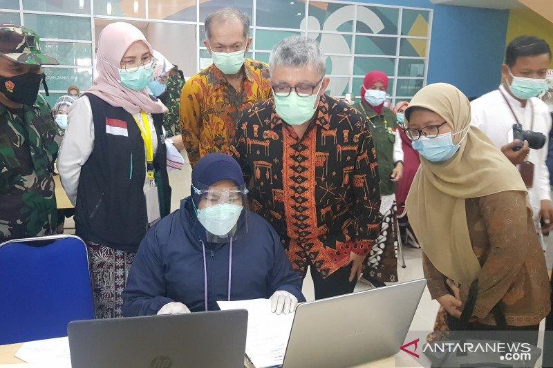 Kemenkes apresiasi penerapan prokes vaksinasi calhaj lansia di Bekasi