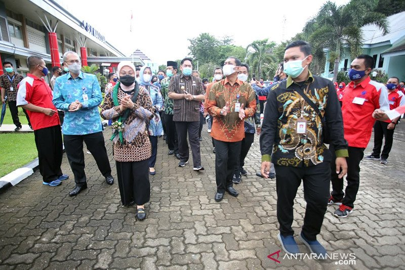 Menaker ingatkan BLK Makassar hindari ancaman COVID-19