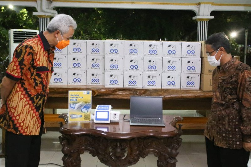 Gubernur Jateng terima 38 GeNose C19 dari UGM