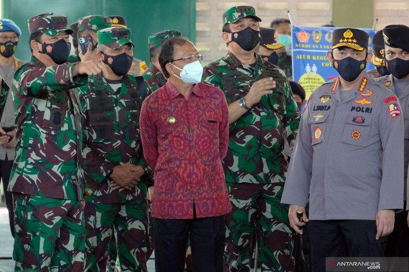 Panglima TNI menegaskan sinergitas TNI-Polri dalam vaksinasi COVID-19
