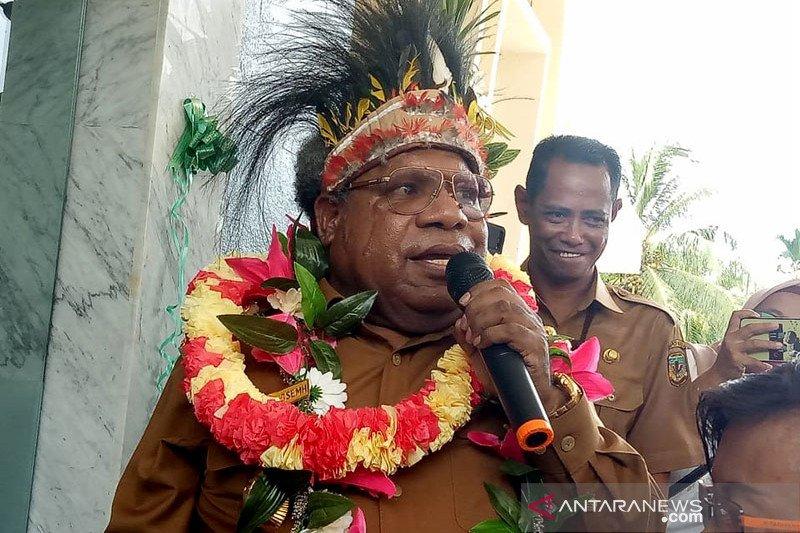 Bupati Eltinus Omaleng jamin keamanan Mimika selama PON Papua