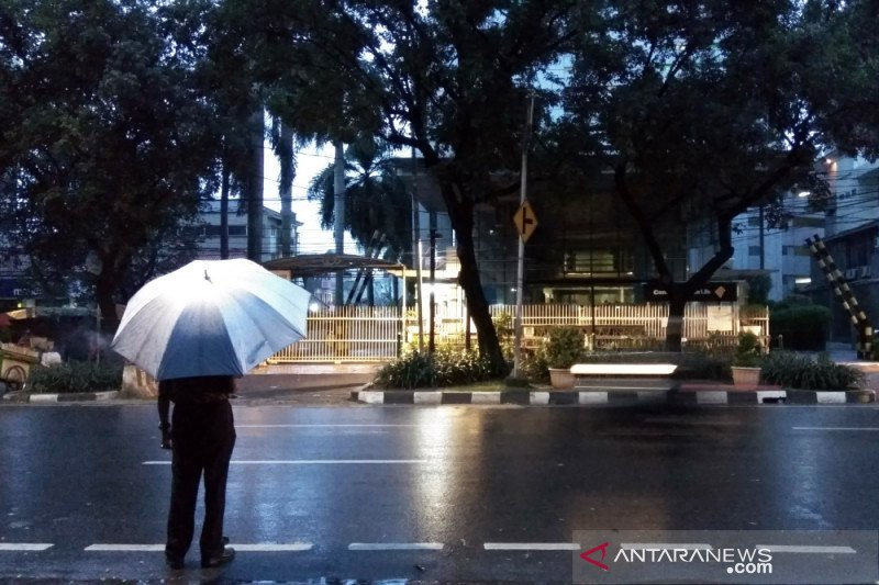Sebagian Jakarta diperkirakan hujan pada Sabtu