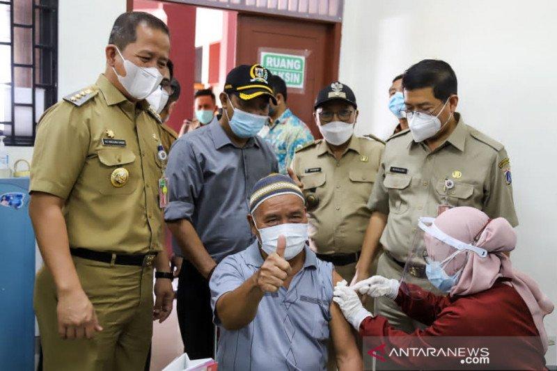 Dinkes: 52 persen lansia di Jakarta sudah terima vaksin