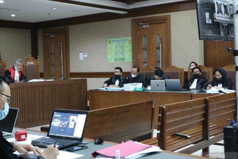 """Juliari bantah perintahkan pengumpulan """"fee"""" bansos sembako"""