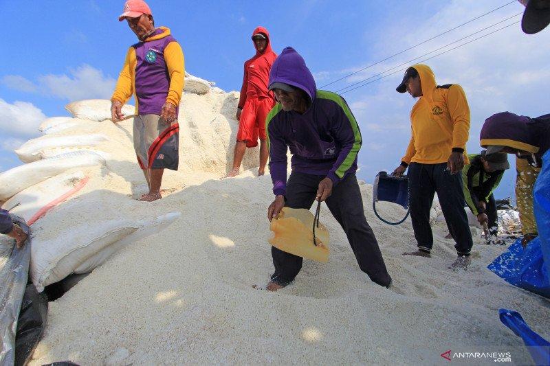 Tolak impor garam, nelayan mau pelatihan teknologi