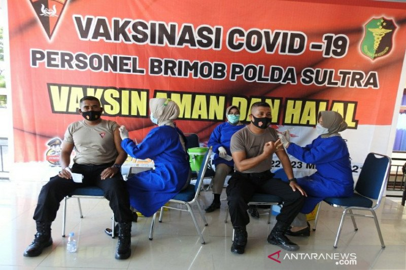 23.606 petugas publik di Sulawesi Tenggara sudah divaksin COVID-19