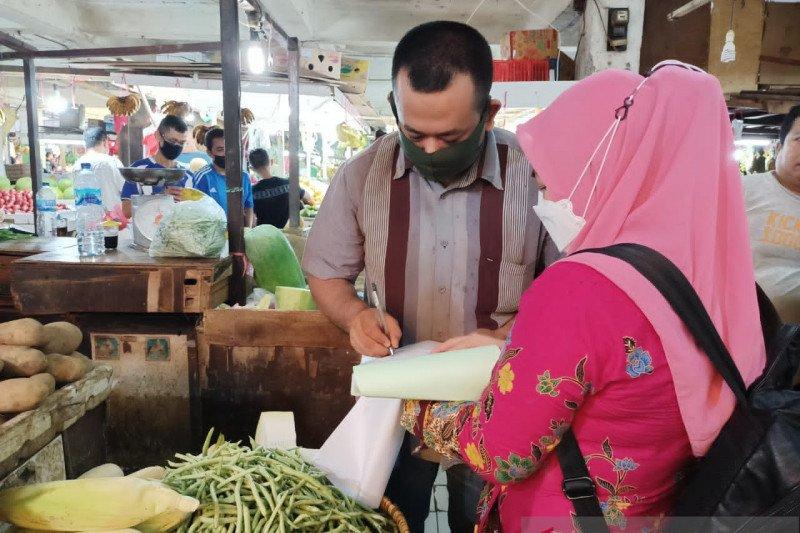 Sudin KPKP Jakut awasi produk segar asal tumbuhan di lima pasar