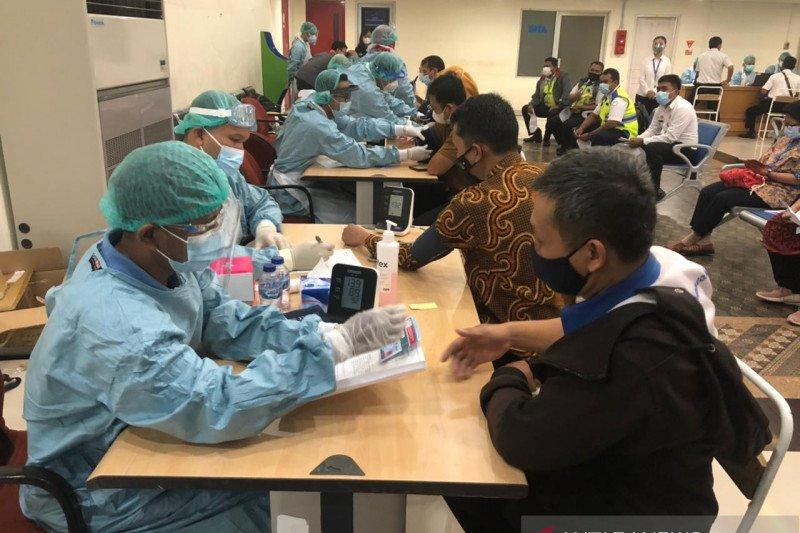 Bandara Adisutjipto selenggarakan vaksinasi kepada pegawai dan BUMN