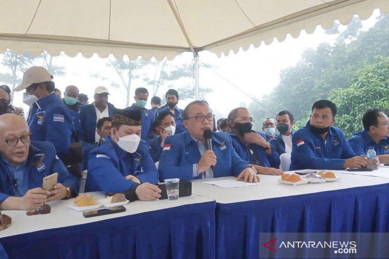 PD versi KLB menuding SBY otoritarian dan
