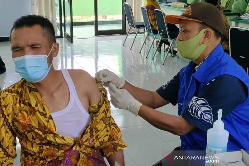 KPAI: Pastikan vaksinasi guru dan pekerja, sebelum sekolah dibuka
