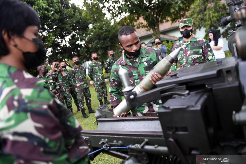 Kegiatan siswa Pusdik Peralatan Kodiklat TNI AD