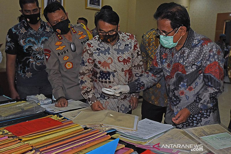Menteri ATR/BPN tinjau Satgas Pemberantasan Mafia Tanah