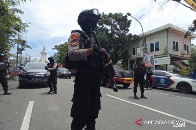 Kapolda Jatim instruksikan jaga ketat gereja pascaledakan di Makassar