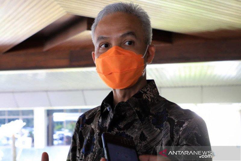 Ganjar minta masyarakat Jateng bersabar terkait larangan mudik