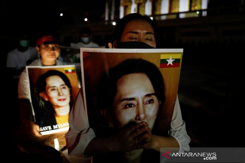 Utusan ASEAN bicara dengan junta Myanmar ihwal kunjungan  Suu Kyi