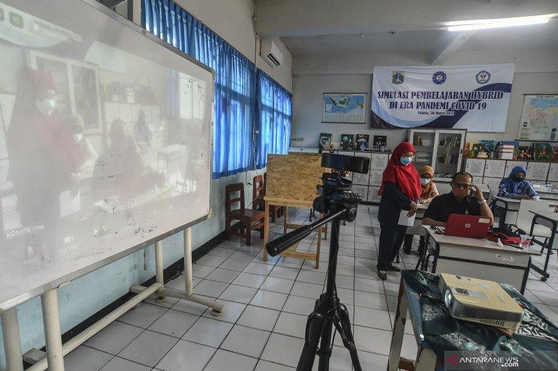 DKI uji coba belajar tatap muka 100 sekolah mulai Rabu (7/4)