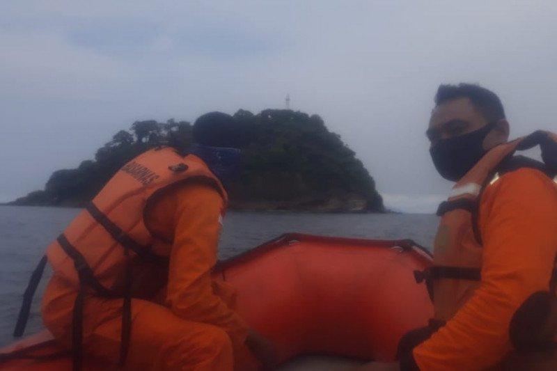 Tim SAR ke Pulau Sangiang sisir korban kecelakan laut