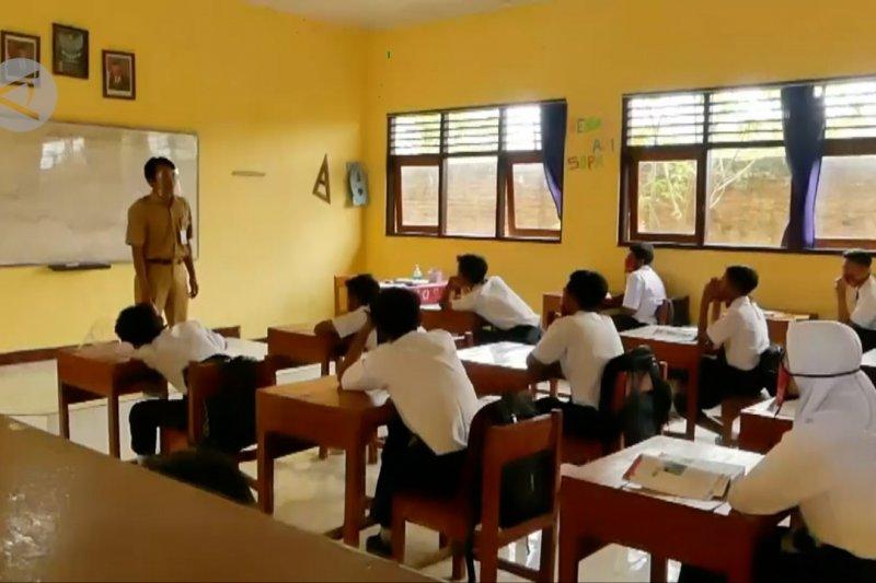 140 sekolah di Jateng uji coba belajar tatap muka mulai 5 April
