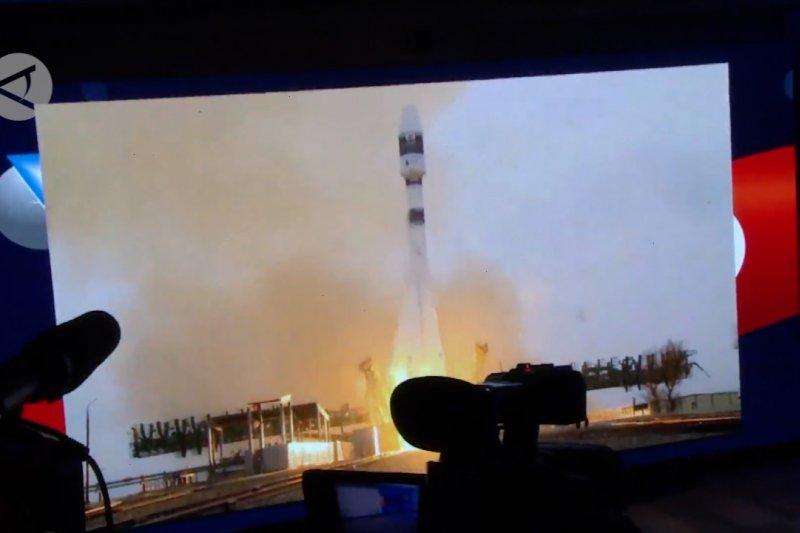 Tunisia sukses luncurkan satelit buatan dalam negeri pertama