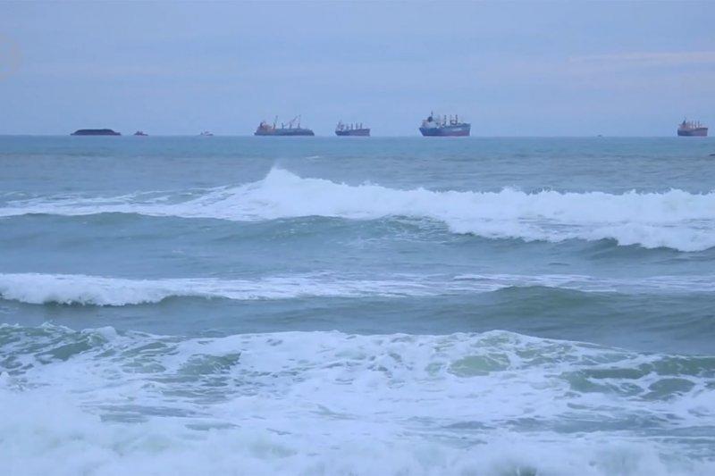 BMKG ingatkan cuaca ekstrem di pantai barat hingga selatan Aceh