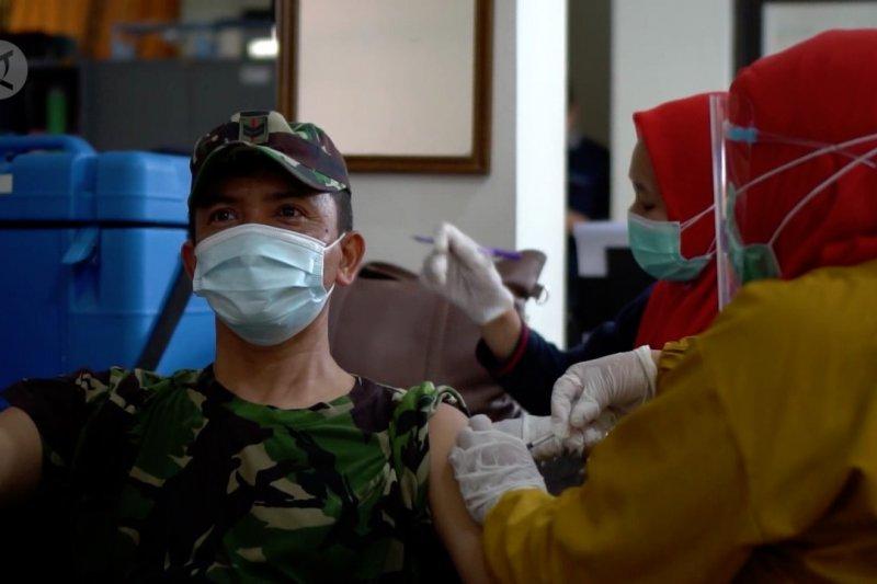 Ratusan aparat penegak hukum di Pandeglang jalani vaksinasi COVID-19