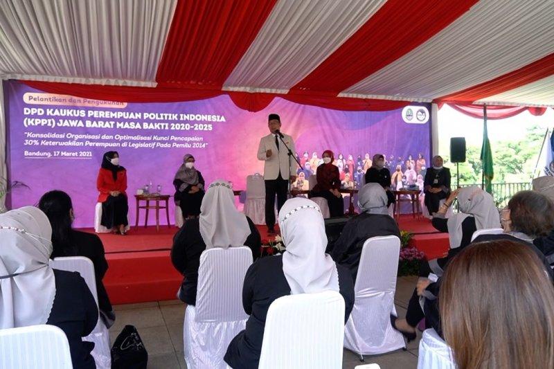Sekolah politik perempuan upaya Jabar tingkatkan keterwakilan di parlemen