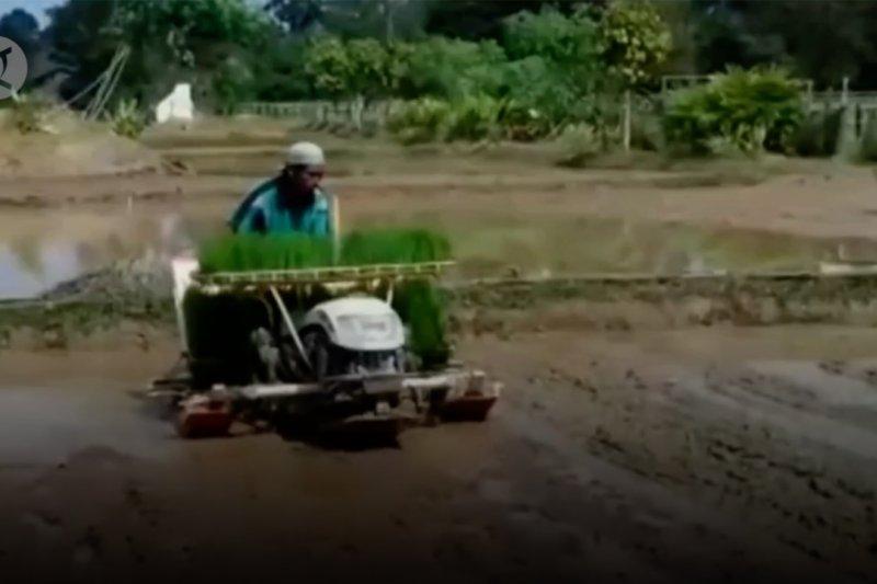 DPRD Jambi sahkan Raperda Penyelenggaraan Cadangan Pangan