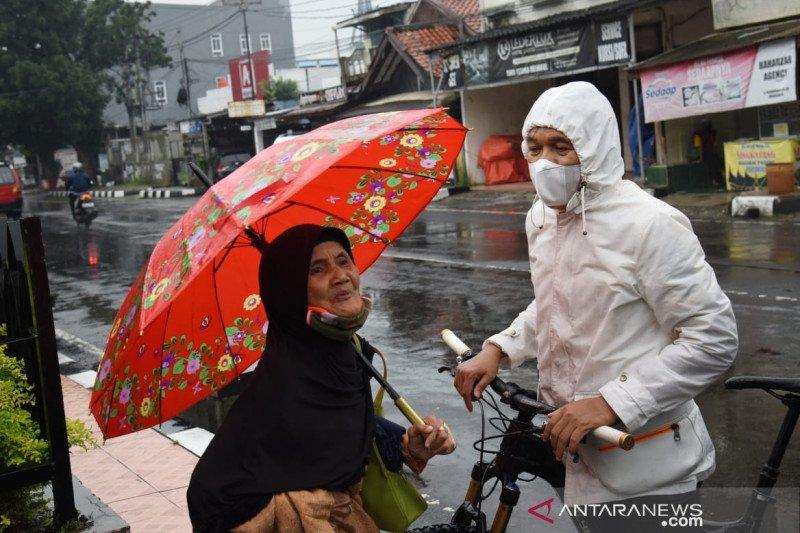 "Dedi Mulyadi bantu warga dari pendapatan ""bermain"" YouTube"