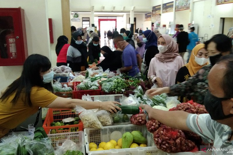 Pasar Mitra Tani jual pangan lebih murah 10-25 persen