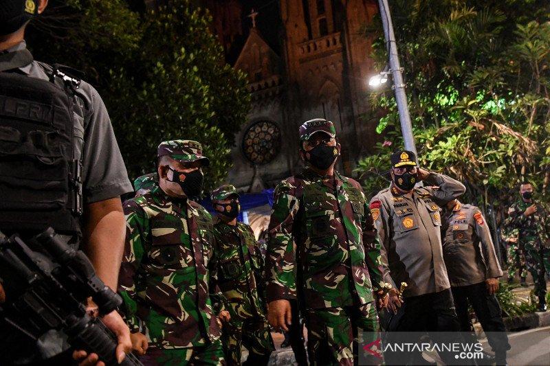 Panglima TNI pastikan perayaan Paskah di Makassar dan Manokwari aman
