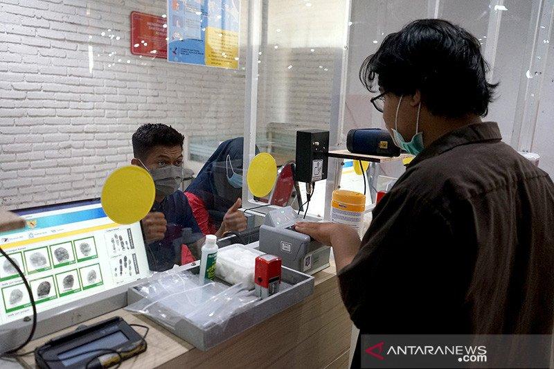Cara Eri Cahyadi kembangkan kualitas pelayanan publik di Surabaya