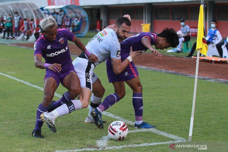 Bermain imbang lawan Persita Tangerang, Bali United lolos ke babak delapan besar