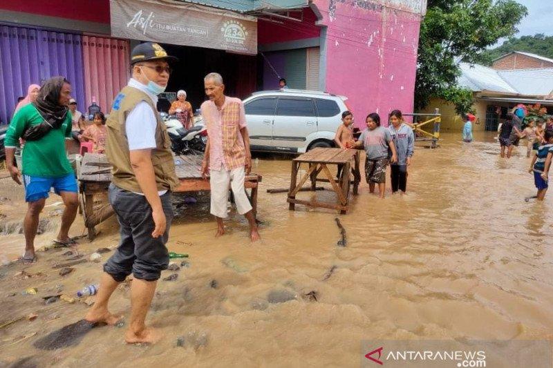 Gubernur NTB tinjau lokasi banjir Bima