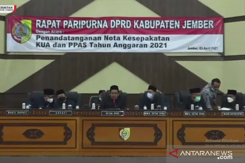 Bupati dan pimpinan DPRD Jember sepakati KUA PPAS APBD 2021
