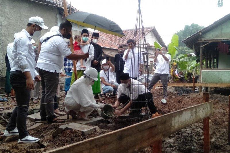 Sambut HUT ke-34, Tugure bangun mushola di Tangerang