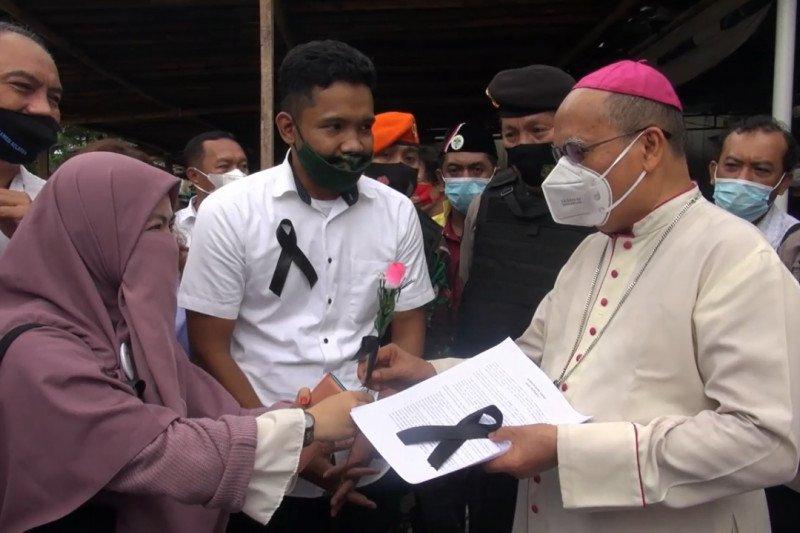 Uskup Agung Katedral Makassar apresiasi dukungan lintas organisasi
