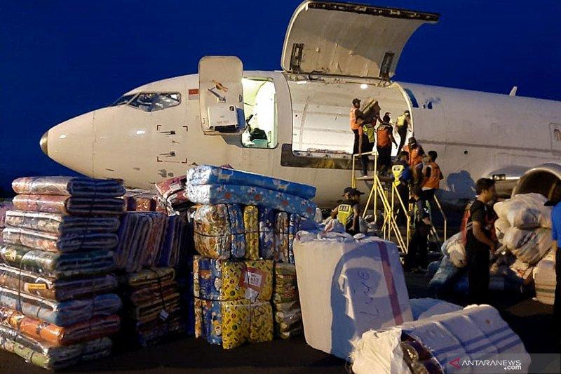 Bantuan logistik untuk korban banjir NTT