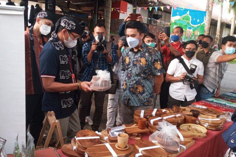 Sandiaga minta KEK Tanjung Lesung diperkuat desa wisata