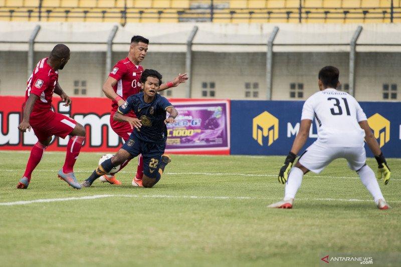 Laga Persela menghadapi Persik berakhir seri 2-2