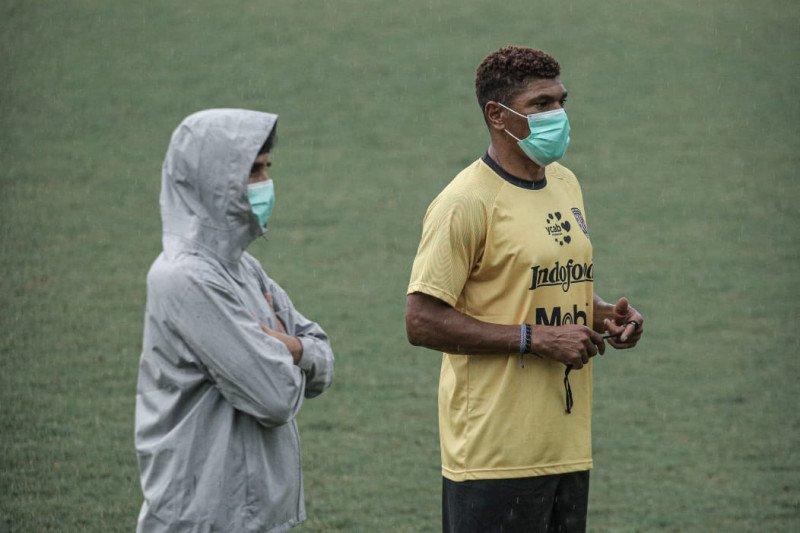 Antonio Claudio jadi asisten pelatih baru Bali United