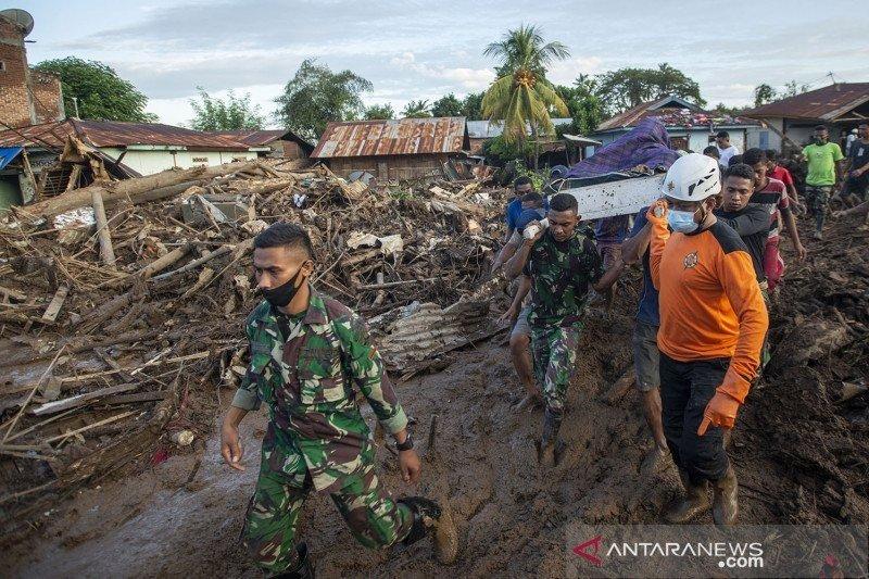 Ribuan personel TNI-Polri dukung penanganan dampak bencana di NTT-NTB