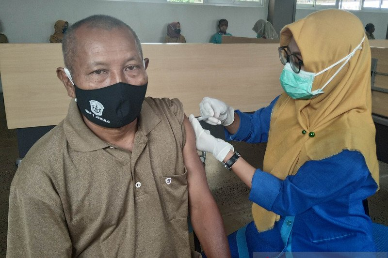 Vaksin lagi