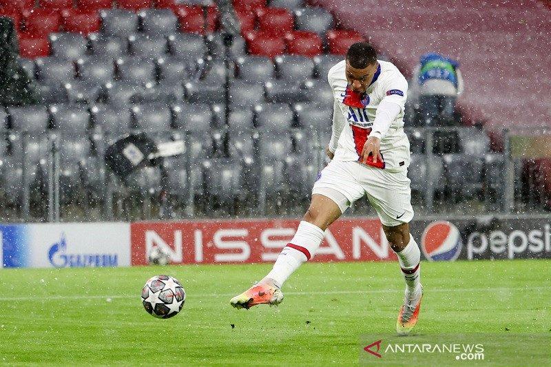 Kylian Mbappe ketagihan jebol gawang Manuel Neuer