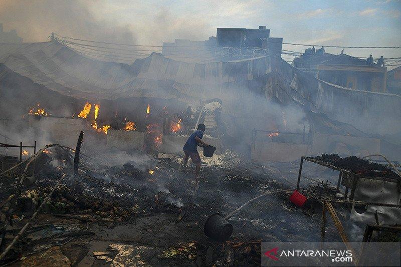 Kebakaran Pasar Kambing hanguskan ratusan lapak